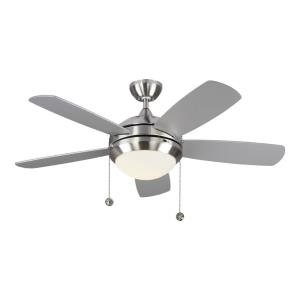 Discus Classic II - 5 Blade Ceiling Fan with Pull Chain Control and Includes Light Kit in Modern Style - 44 Inches Wide by 17.1 Inches High
